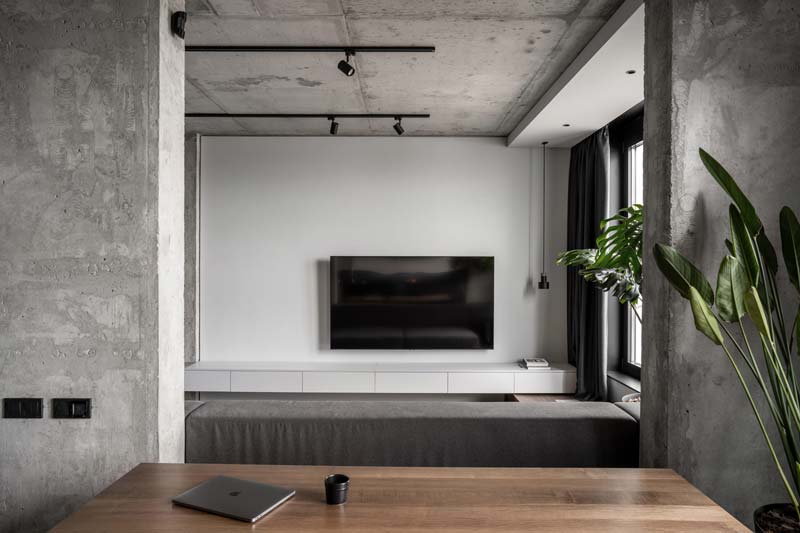 Modern industrial apartment of 82m2 Inside viewers