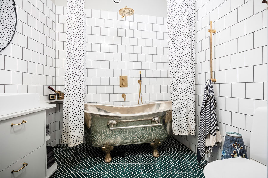 Vintage bathroom with green cement tiles and gold details Bathroom inspiration